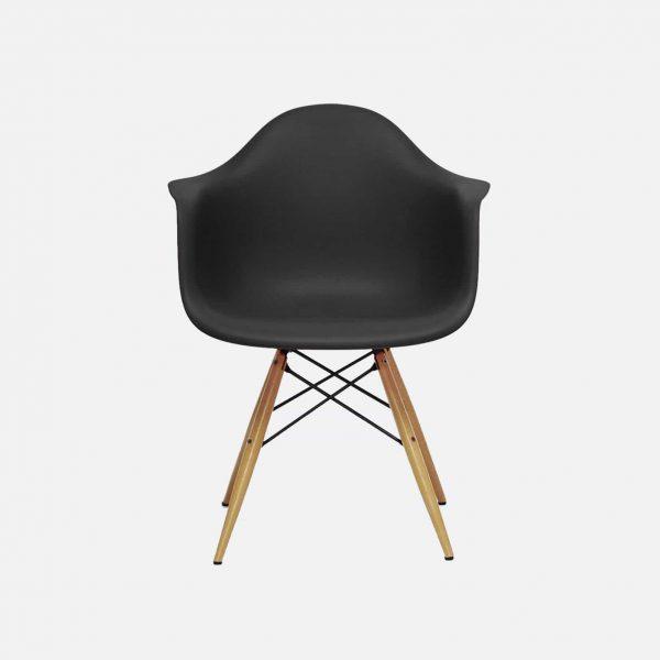 Minimalist Chair - Poilish Magazine