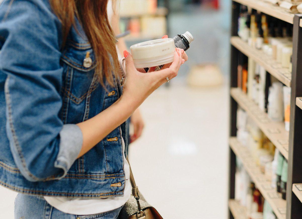 Ceneo.pl opublikowało dane o zakupach kosmetyków i środków czystości w sieci
