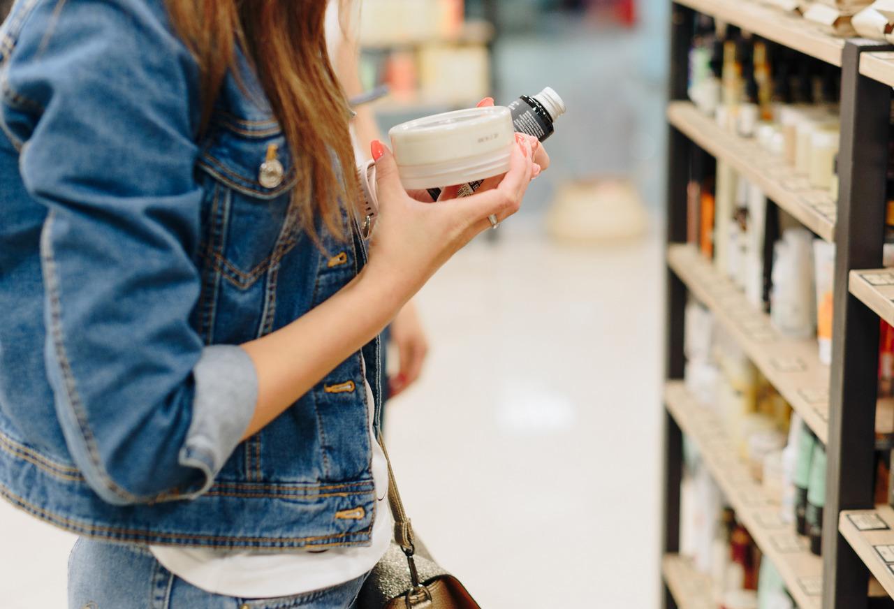 Ceneo.pl opublikowało dane o zakupach kosmetyków i środków czystości w sieci - Poilish Magazine